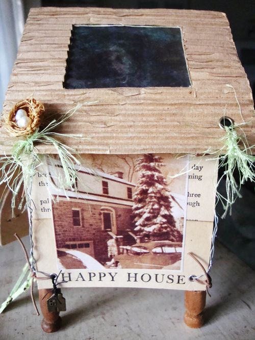 Happy House 008